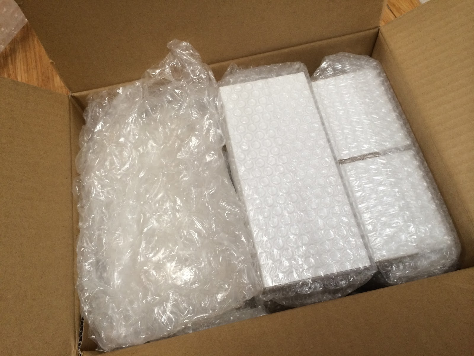 Tips for Packing Fragile Items - Canadian Movers